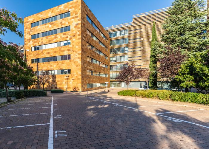 parking edificio castellana norte